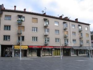 55_mestni-trg_balkoni_05